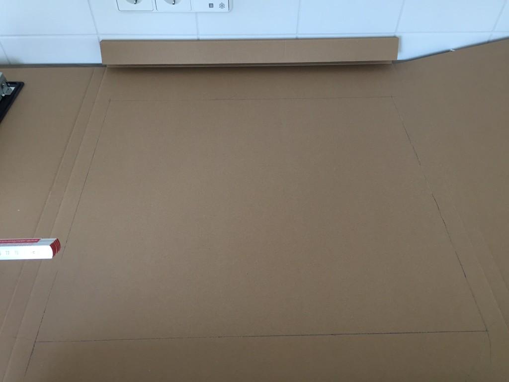 Ceranfeld einbauen - 03 - Schablone vor