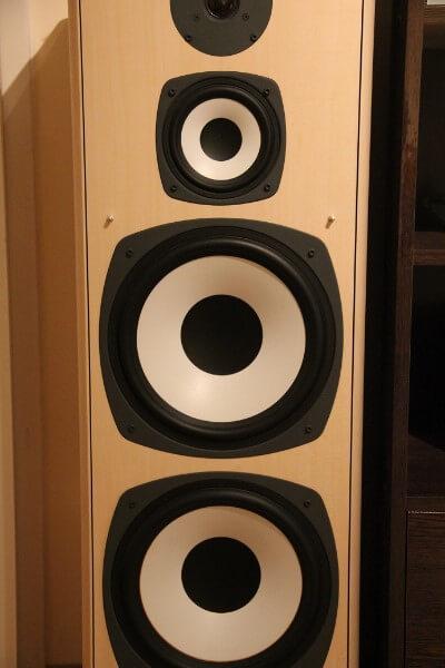 Front Lautsprecher – Large