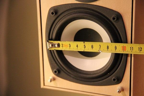 Rear Speaker - Durchmesser